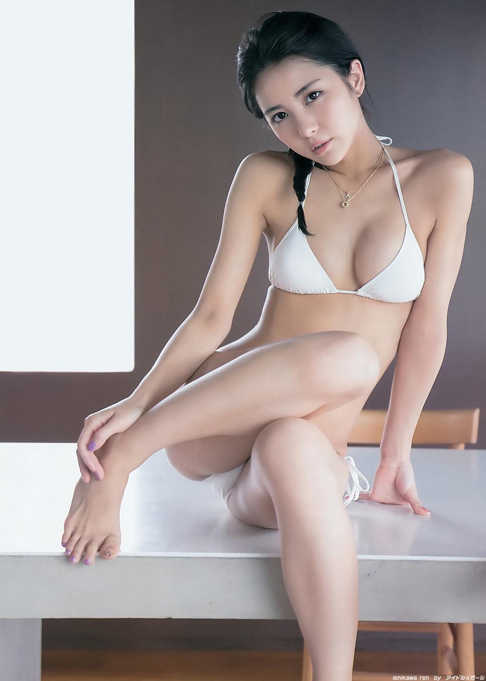 石川恋の画像022