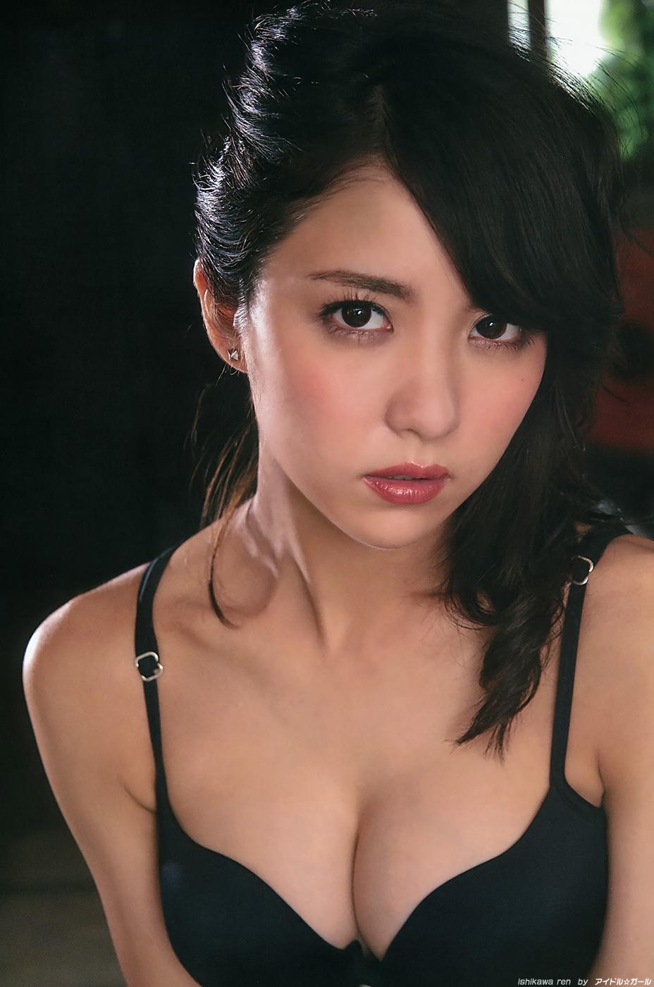 石川恋の画像031