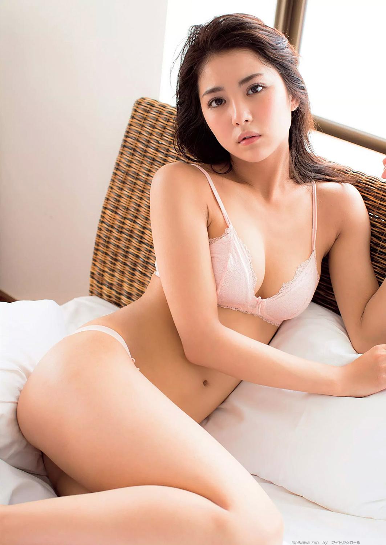 石川恋の画像057
