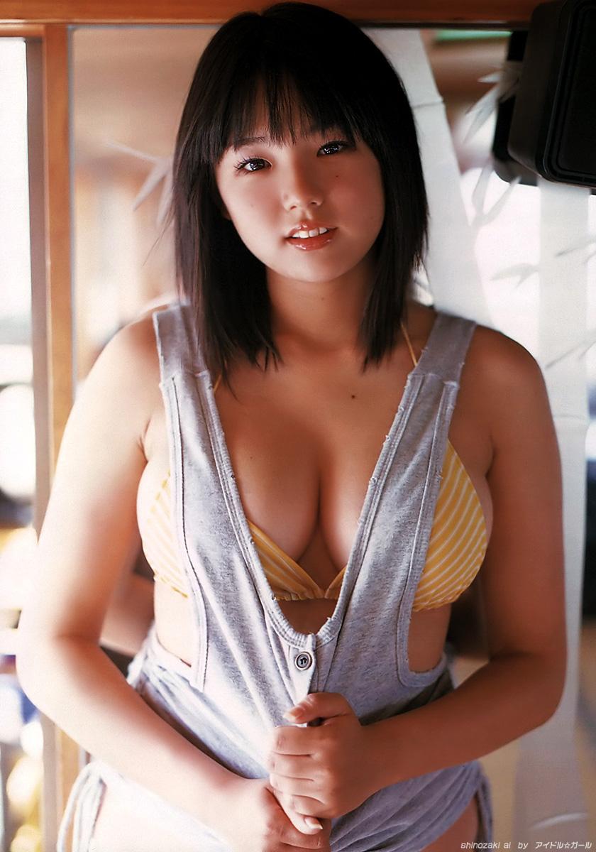 篠崎愛の画像023