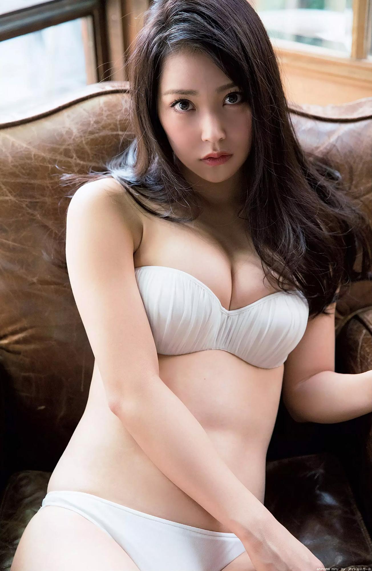白間美瑠の画像048