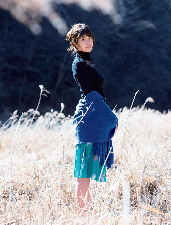 稲村亜美の画像036