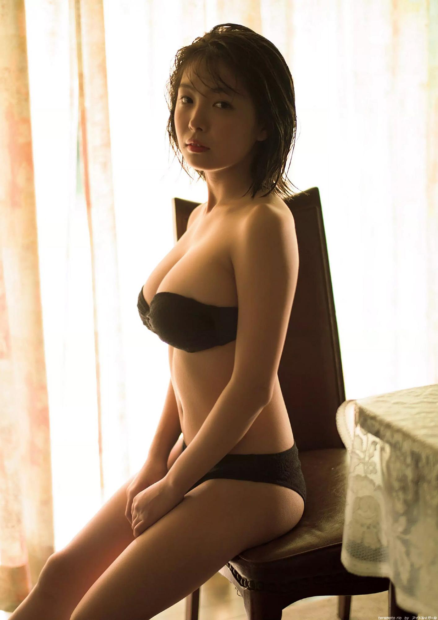 寺本莉緒の画像010