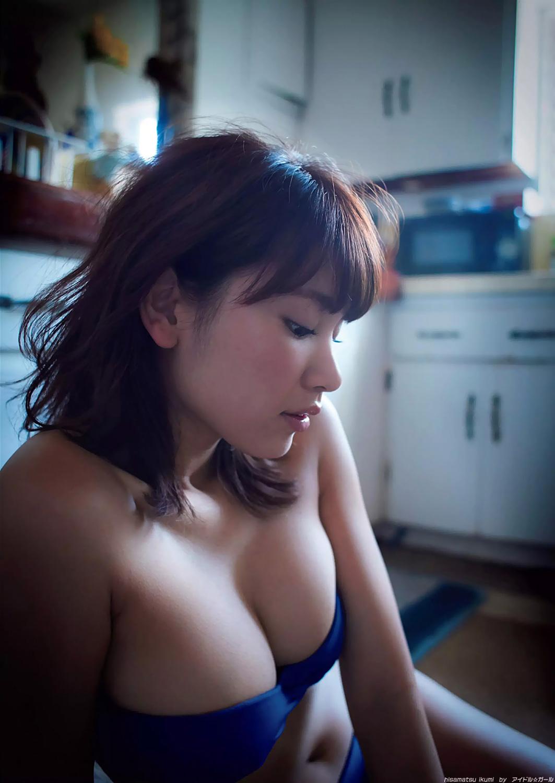 久松郁美の画像095
