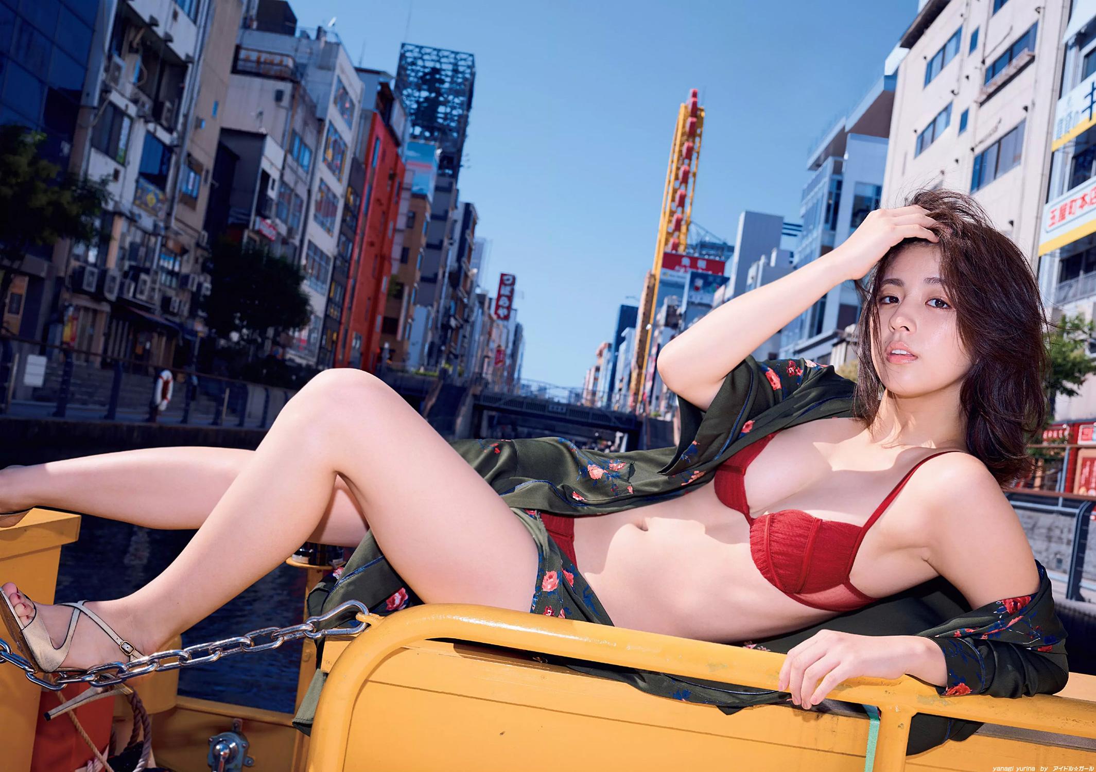 柳ゆり菜の画像099